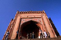 Buland Darwaza Agra Tours India