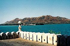Fateh Sagar Lake Udaipur Holidays Rajasthan
