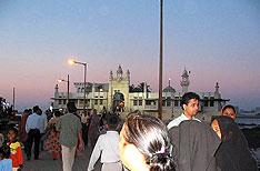 Haji Ali Mumbai Tours Maharashtra