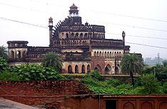 Lucknow Uttar Pradesh Travel and Tours India