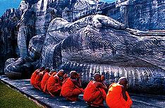 Polonnaruwa Sri Lanka Tour Packages
