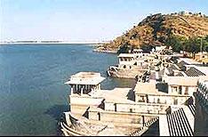 Rajsamand Lake Udaipur Travel Vacations Rajasthan